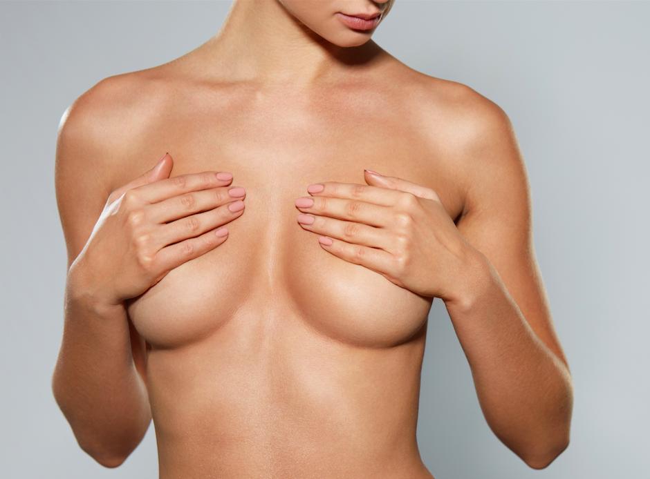 Příběh pacientky: modelace prsou svyužitím vlastního tuku
